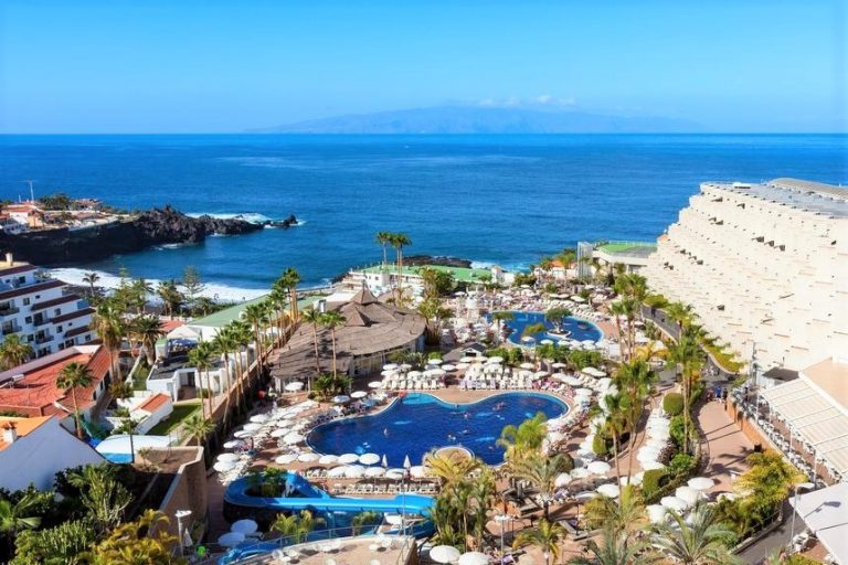 Be Live Experience Playa La Arena family hotel in Tenerife