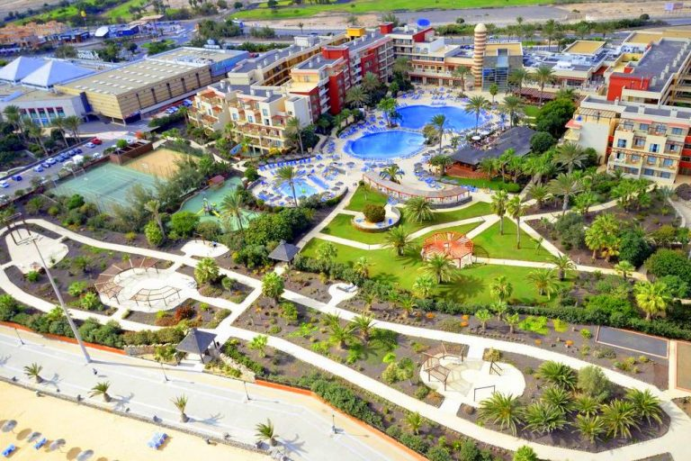 Elba Carlota Beach Resort for families in Fuerteventura