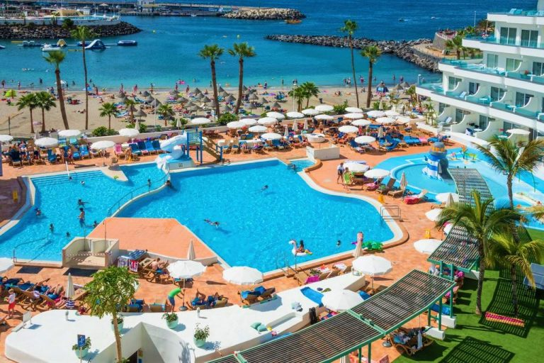 HOVIMA La Pinta Beachfront Family Hotel in Tenerife
