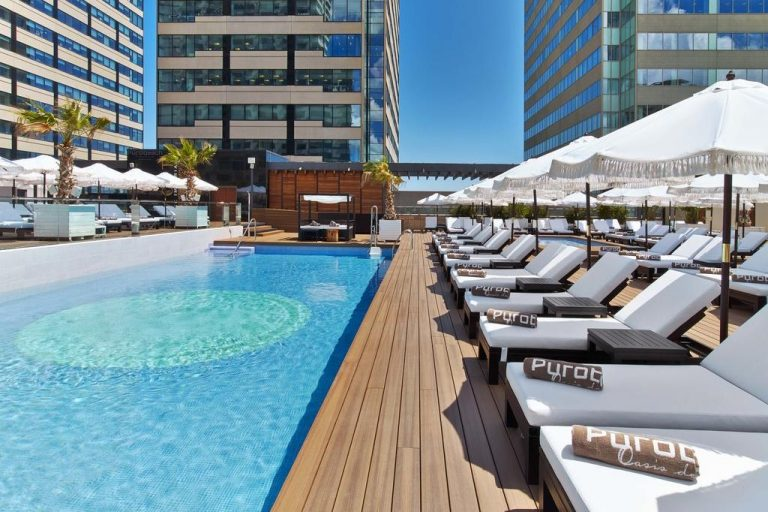 Hilton Diagonal Mar family hotel in Barcelona