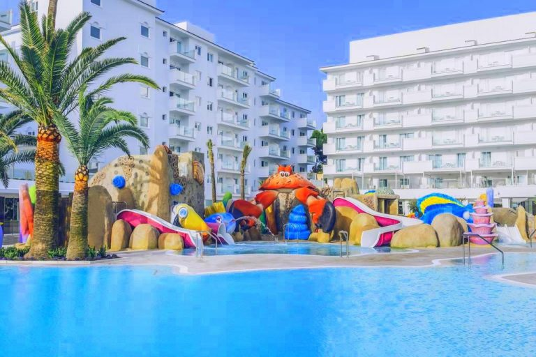 Iberostar Alcudia Park family resort in Mallorca