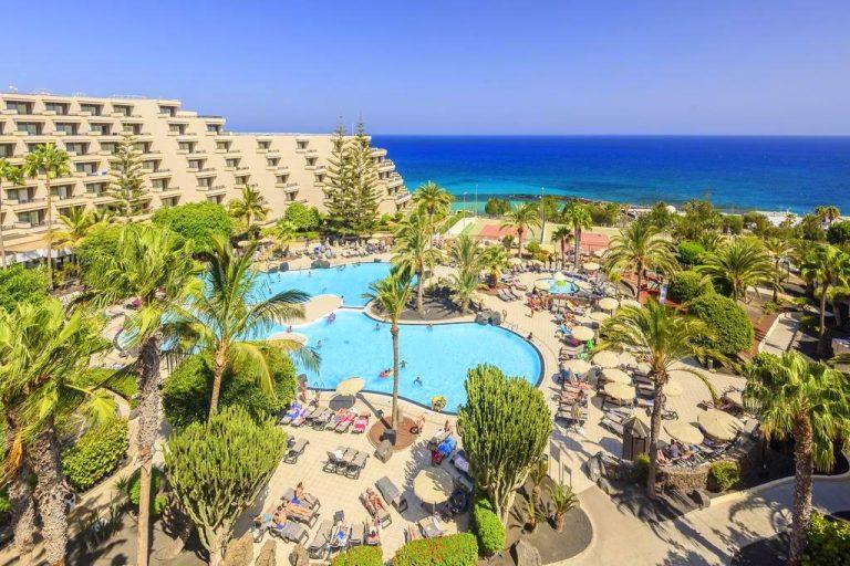 Occidental Lanzarote Playa family resort