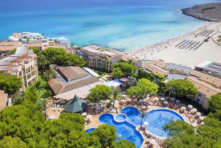 VIVA Cala Mesquida Resort & Spa for families in Menorca