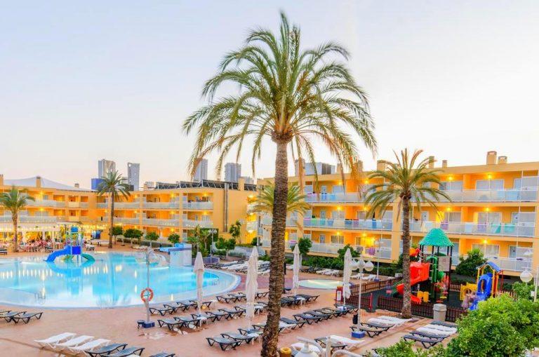 Apartamentos Turisticos Terralta family accomodation in Benidorm