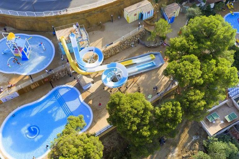 Guitart Gold Central Park Aqua Resort for families in Costa Brava