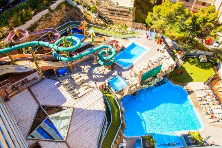 Magic Aqua Rock Gardens family hotel in Benidorm