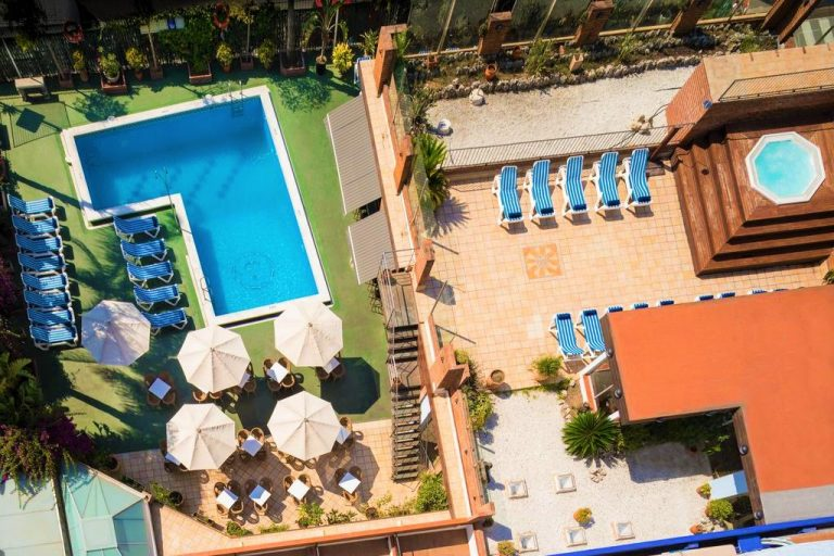 htop Palm Beach & SPA family-friendly resort in Costa Brava